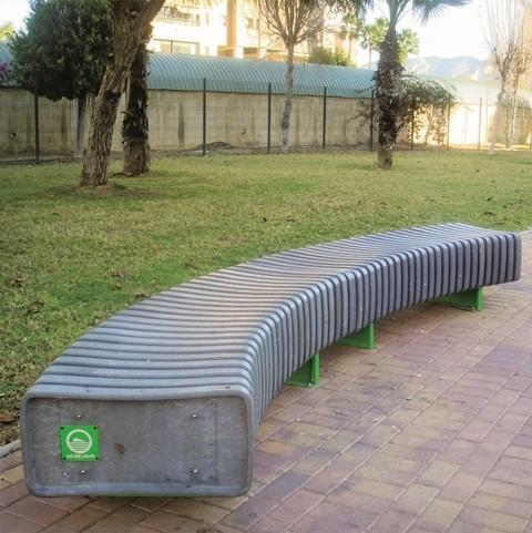 Banco Espina de plástico reciclado