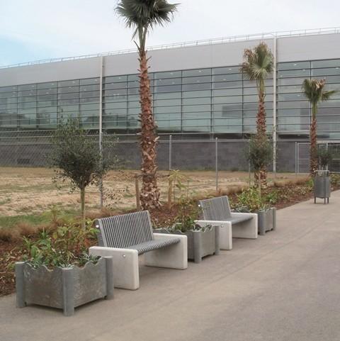 Jardinera FORMS plástico reciclado