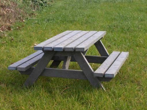 Mesa picnic Estandrad de plástico reciclado